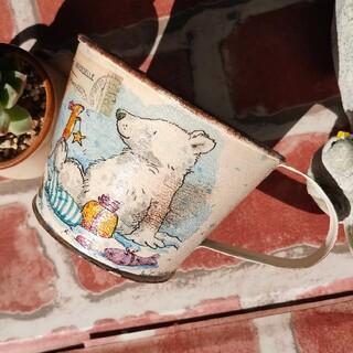 どうぶつ達のプレゼントシリーズ2 冬バージョン コップ型リメイク缶(プランター)