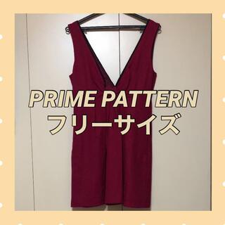 プライムパターン(PRIME PATTERN)のワンピース リボン ピンク パターン ラメ クリスマス(ひざ丈ワンピース)