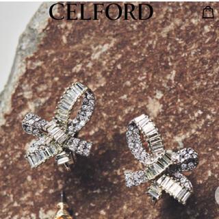 フレイアイディー(FRAY I.D)の新品未使用 セルフォード CELFORD ミックスストーンリボンイヤリング (イヤリング)