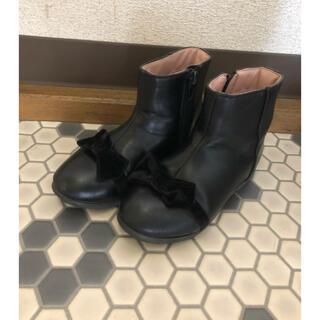 プティマイン(petit main)のPOMPKINS リボンブーツ 16 16.5 17 女の子 チャック付き(ブーツ)
