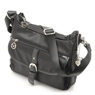 サボイ(SAVOY)の最新*人気商品〓サボイ正規店〓ナイロン素材 横型ショルダーバッグ ブラック(ショルダーバッグ)
