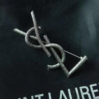 サンローラン(Saint Laurent)の即発送 YSL ブローチ イヴサンローラン サンローラン(ブローチ/コサージュ)