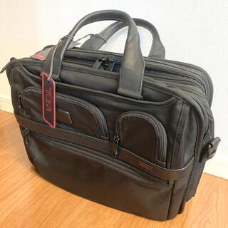 トゥミ(TUMI)の【新品・未使用】TUMI 026145D2 ブリーフケース(ビジネスバッグ)