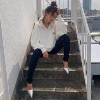 ジェイダ(GYDA)のGYDA シルバーポインテッドミュール♡(ミュール)