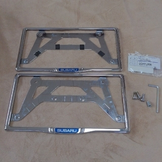 スバル(スバル)のスバル 純正 ナンバーフレーム マックガード製ロックボルト付き(車外アクセサリ)