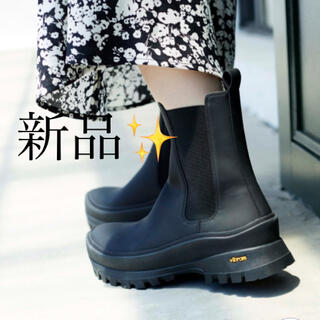 ドゥーズィエムクラス(DEUXIEME CLASSE)の新品【emmi atelier】SNIDEL×emmi Vibramソールブーツ(ブーツ)
