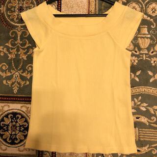 セシルマクビー(CECIL McBEE)のセシルマクビー 黄色 トップス(カットソー(半袖/袖なし))