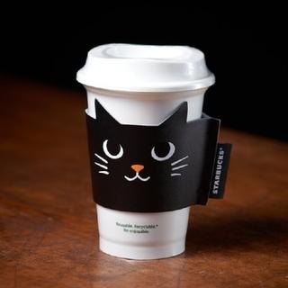スターバックスコーヒー(Starbucks Coffee)の新品  スタバ  レザースリーブ  ハロウィン 2021  黒ねこ (その他)