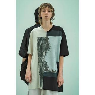 ユリウス(JULIUS)のjulius 切替グラフィックT(Tシャツ/カットソー(半袖/袖なし))