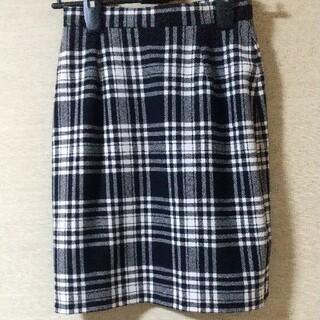 黒チェックタイトスカート(ひざ丈スカート)