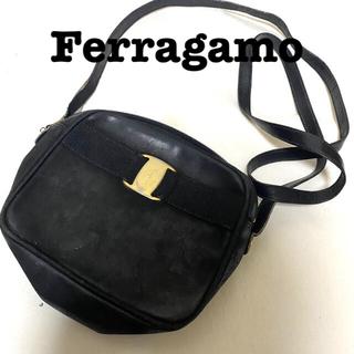 サルヴァトーレフェラガモ(Salvatore Ferragamo)のFerragamo ショルダーバッグ(ショルダーバッグ)