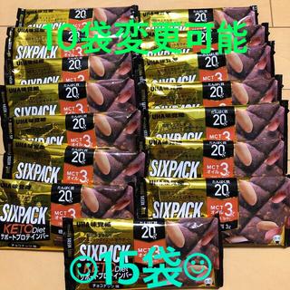 ユーハミカクトウ(UHA味覚糖)のUHA味覚糖 プロテインバー SIXPACK KETO diet チョコナッツ味(プロテイン)