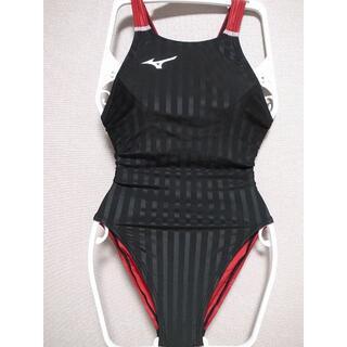 ミズノ(MIZUNO)のミズノ競泳水着 Mサイズ ストリームアクセラ N2MA8226 ブラック×レッド(水着)