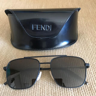 フェンディ(FENDI)のFENDI フェンディ イタリア製Aviator アヴィエーターサングラスメンズ(サングラス/メガネ)