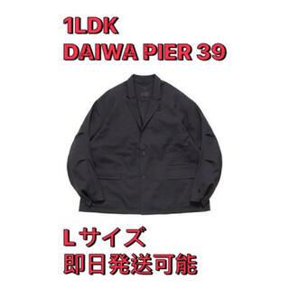 ワンエルディーケーセレクト(1LDK SELECT)の1LDK 別注 Daiwa pier 39 jacket CHARCOAL(テーラードジャケット)