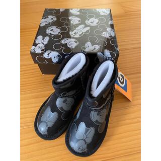 グラビス(gravis)のGRAVIS グラビス ディズニー ムートンブーツ ミッキーミニー18cm新品(ブーツ)
