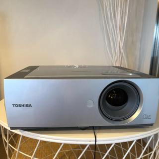 トウシバ(東芝)のTOSHIBA TDP T-250 プロジェクター(プロジェクター)