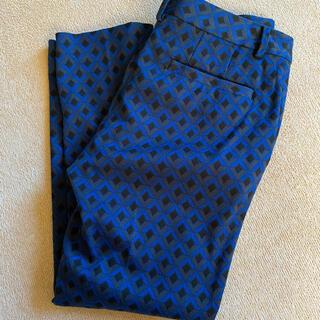 ユナイテッドアローズ(UNITED ARROWS)のユナイテッドアローズ パンツ 幾何学模様 ブルー 青(クロップドパンツ)