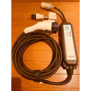 ニッサン(日産)の日産リーフ充電ケーブル7.5m 100V用コンセント付(車外アクセサリ)