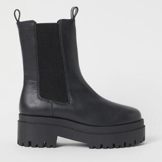 エイチアンドエム(H&M)の最終お値下げ!H&M プラットフォームチェルシーブーツ 新品未使用(ブーツ)