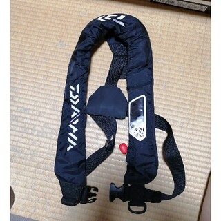 DAIWA - ダイワ ライフジャケット 桜マーク付き 船検対応