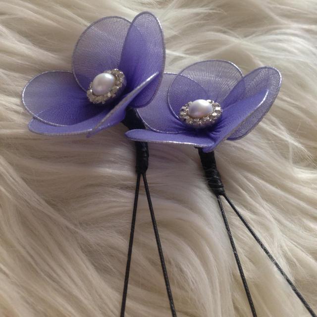 華やか♡花の髪飾り♡2本セット レディースのヘアアクセサリー(ヘアピン)の商品写真