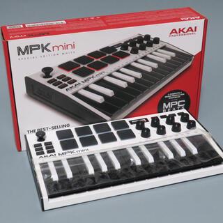 Akai Professional MPK mini mk3 – 25鍵