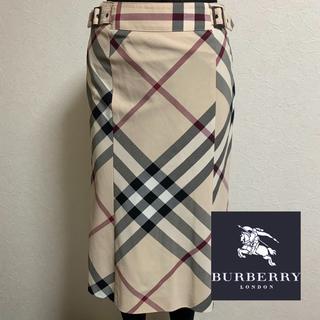 バーバリー(BURBERRY)のBurberry☆チェック膝丈スカート36 美品(ひざ丈スカート)