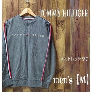 トミーヒルフィガー(TOMMY HILFIGER)の【TOMMY HILFIGER】袖ライン入り  胸ロゴプリント長袖TシャツM(Tシャツ/カットソー(七分/長袖))