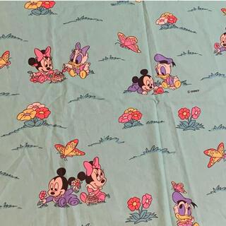 ミッキーマウス(ミッキーマウス)のミッキー  ミニー デイジー ドイツ生地 ハギレ 生地890 ビンテージ(生地/糸)