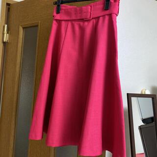 ノエラ(Noela)のベルト付サマーカラーフレアスカート(ひざ丈スカート)