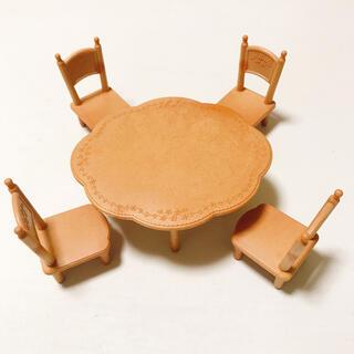 エポック(EPOCH)のシルバニアファミリー テーブル イス(その他)