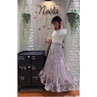ノエラ(Noela)のノエラ スカート 新品未使用タグ付き(ひざ丈スカート)