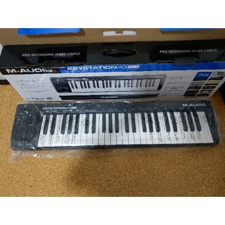 Keystation 49 MIDIキーボード 49鍵(MIDIコントローラー)