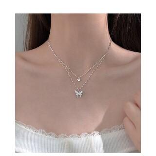 2連ネックレス  蝶⭐蝶々モチーフの2連ネックレス(ネックレス)