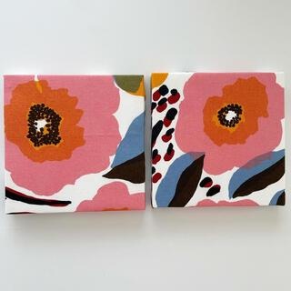 マリメッコ(marimekko)のマリメッコ ファブリック パネル ハンドメイド 15cm 2点セット(インテリア雑貨)
