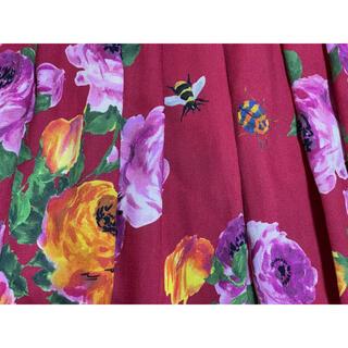 グッチ(Gucci)の期間限定●GUCCIグッチ赤地花柄プリーツスカート40新品(ロングスカート)