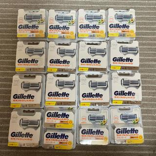 ジレ(gilet)の新品セット★ジレット スキンガード 敏感肌★替刃8コ入×15箱 計120個(メンズシェーバー)
