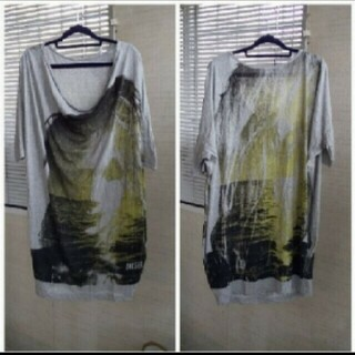 ディーゼル(DIESEL)のDIESEL  ロングTシャツ。ワンピース。(Tシャツ(半袖/袖なし))