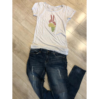 エイチアンドエム(H&M)のTシャツ ジーンズ(H&M)セット(Tシャツ(半袖/袖なし))