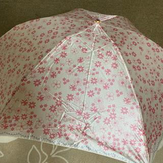 ランバンオンブルー(LANVIN en Bleu)の新品未使用ランバンオンブルー雨傘 ピンク花柄コンパクトミニ軽量(傘)