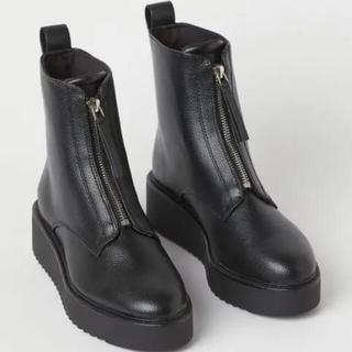 エイチアンドエム(H&M)の完売品 H&M フロント ジップ ブーツ 39(ブーツ)