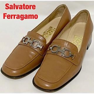 サルヴァトーレフェラガモ(Salvatore Ferragamo)のSalvatore Ferragamo ローファー ガンチーニ FLORENCE(ローファー/革靴)