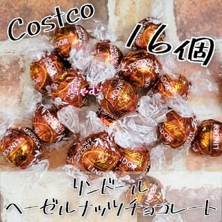 コストコ(コストコ)のコストコ リンツ リンドール ヘーゼルナッツ チョコレート 16個(菓子/デザート)