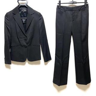インディヴィ(INDIVI)のインディビ レディースパンツスーツ - 黒(スーツ)