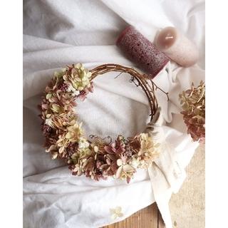 秋の七草藤袴が香る。秋色水無月紫陽花リース。ハーフリース。ドライフラワーリース(リース)