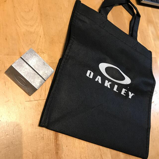 Oakley - オークリー ペーパースタンド&ショップ袋