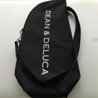 ディーンアンドデルーカ(DEAN & DELUCA)のDEAN&DELUCA 保冷ボトルケース ブラック 2020年 雑誌付録(弁当用品)