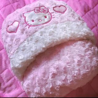 ハローキティ(ハローキティ)の♡新品♡キティ♡ピンク♡ラメ♡ローズボア♡クッション♡(クッション)