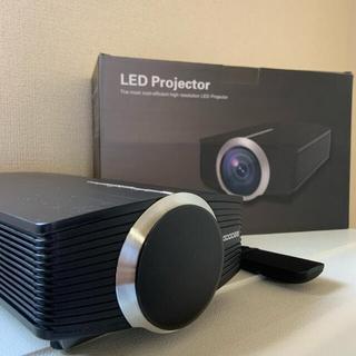 《美品》GooDee 小型LEDプロジェクター(プロジェクター)